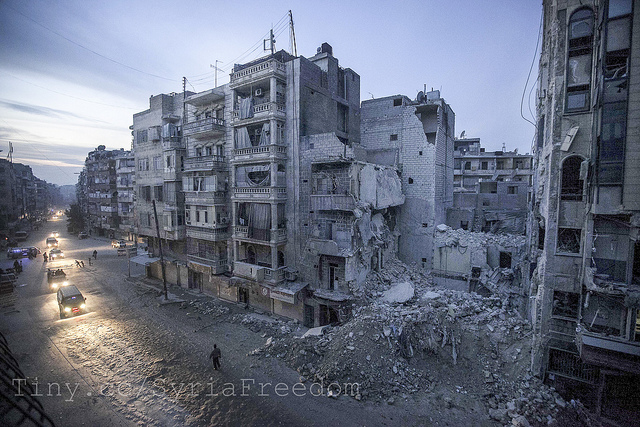 Dar Al-Shifa hospital (right of frame), Syria Dec 2012, bombed by Assad forces