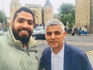 Abdurrahman Ezz with Sadiq Khan, Edinburgh Central Mosque, Eid 2019